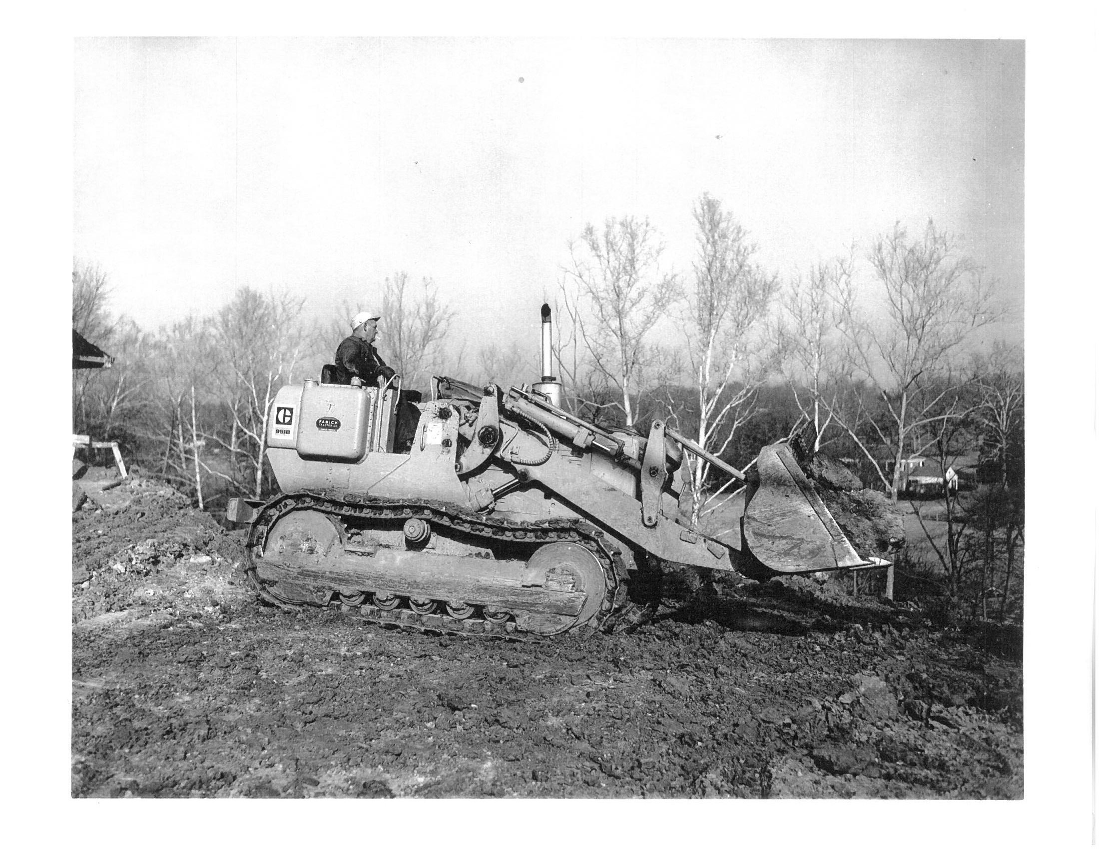 First new Crawler Loader 1971 CAT 951B